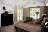 32 Exquisite Master Bedrooms with French Doors (PICTURES)