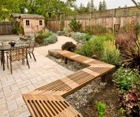 22 Creative Lattice Fence Ideas for Gardens and Backyards