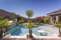 30 Spectacular Backyard Palm Tree Ideas - Home Stratosphere
