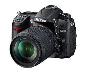 Best_DSLR_Under_40000_Nikon_D7000_18_105mm_VR
