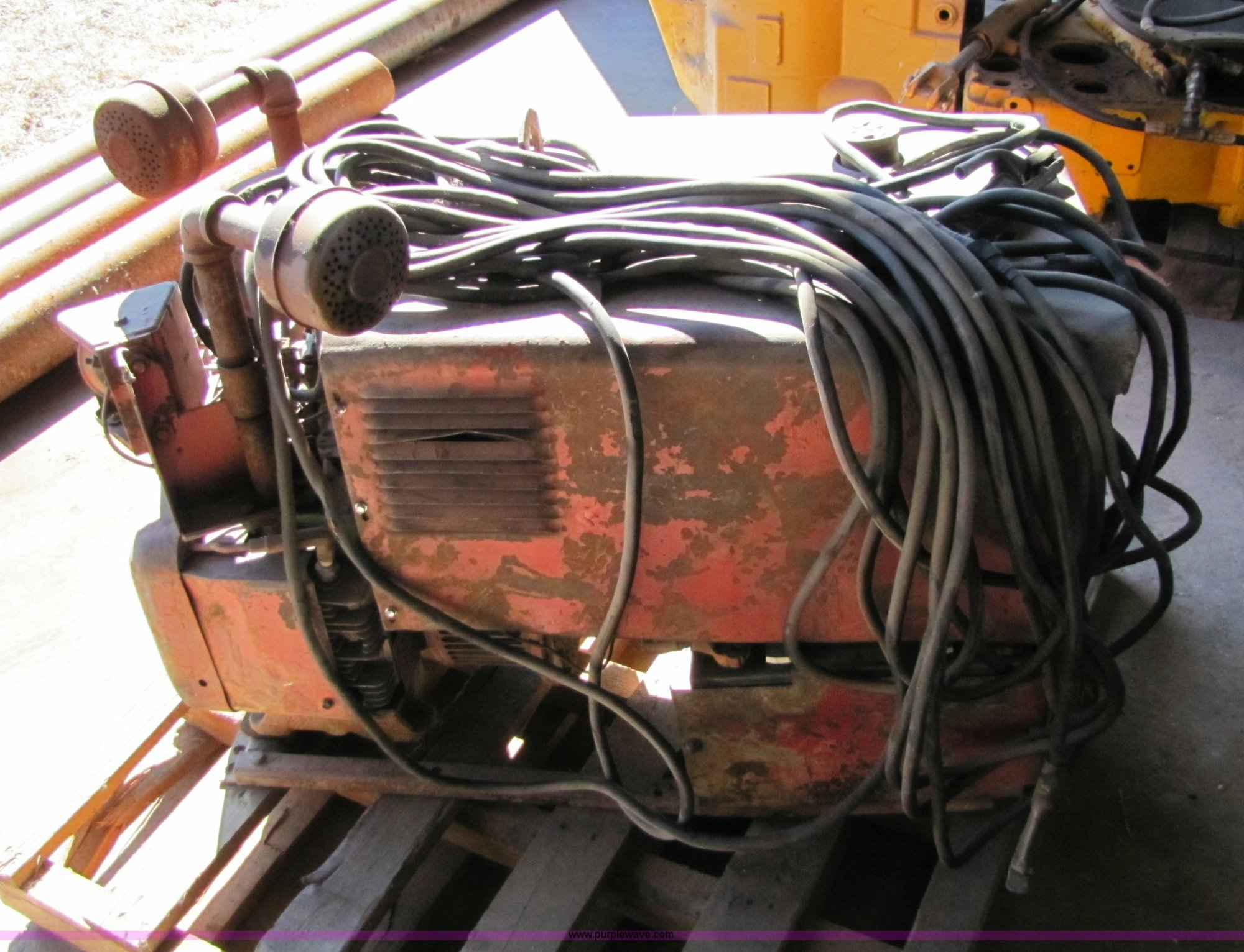 hight resolution of 8579 image for item 8579 lincoln 225 arc welder