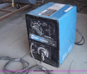 Miller Thunderbolt XL ACDC welder   Item G9259   SOLD