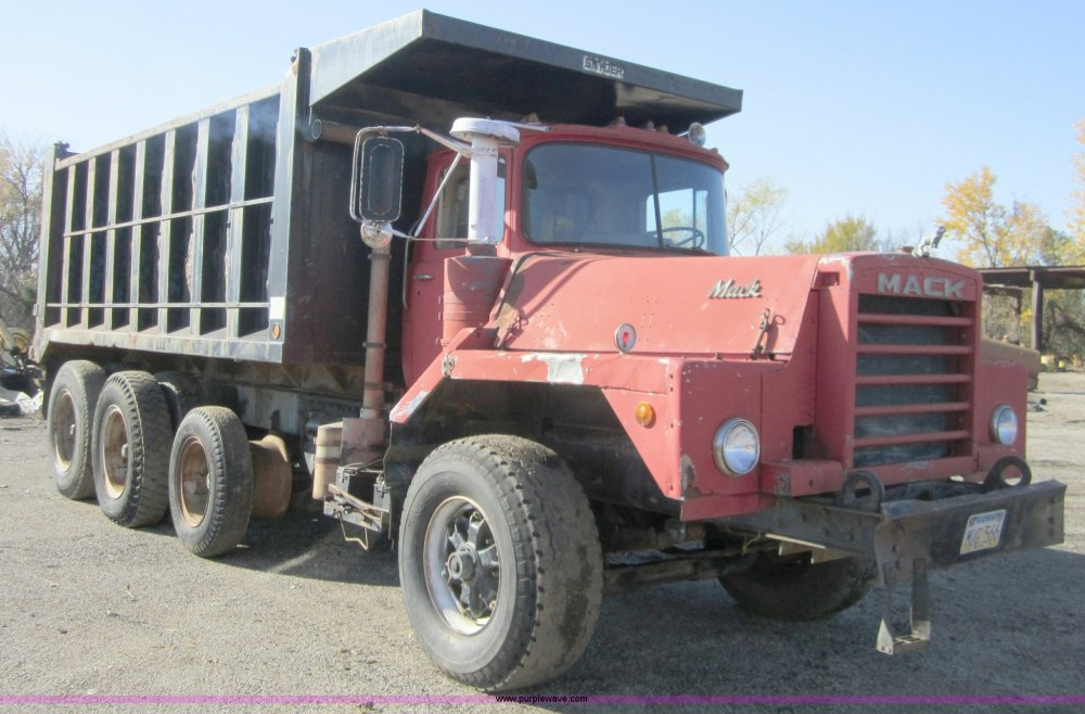 medium resolution of c5166 image for item c5166 1973 mack dm800 dump truck