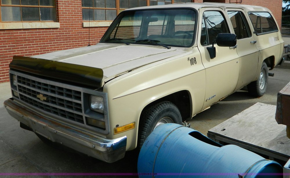 medium resolution of 1989 chevrolet suburban 1500 scottsdale suv for sale in kansas