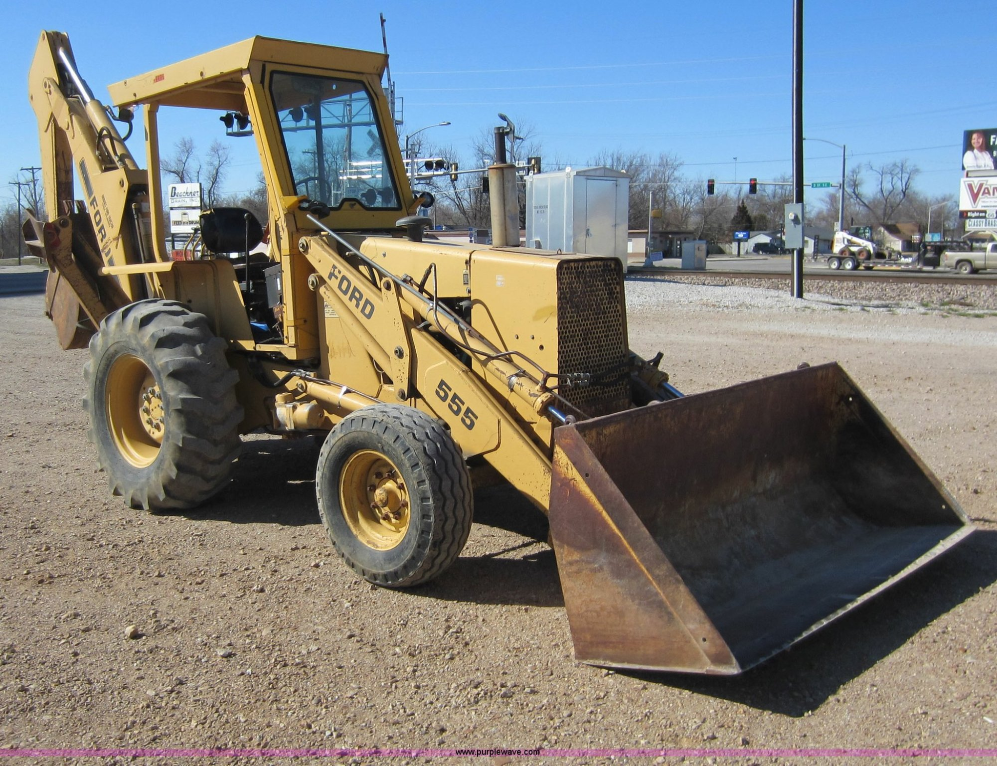 hight resolution of ford 555 backhoe item c5338 sold march 29 construction ford 555 backhoe parts list