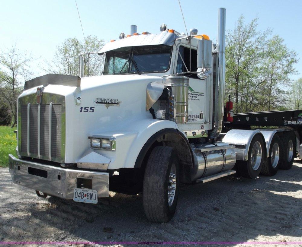 medium resolution of b6326 image for item b6326 1999 kenworth t800 triple axle semi truck