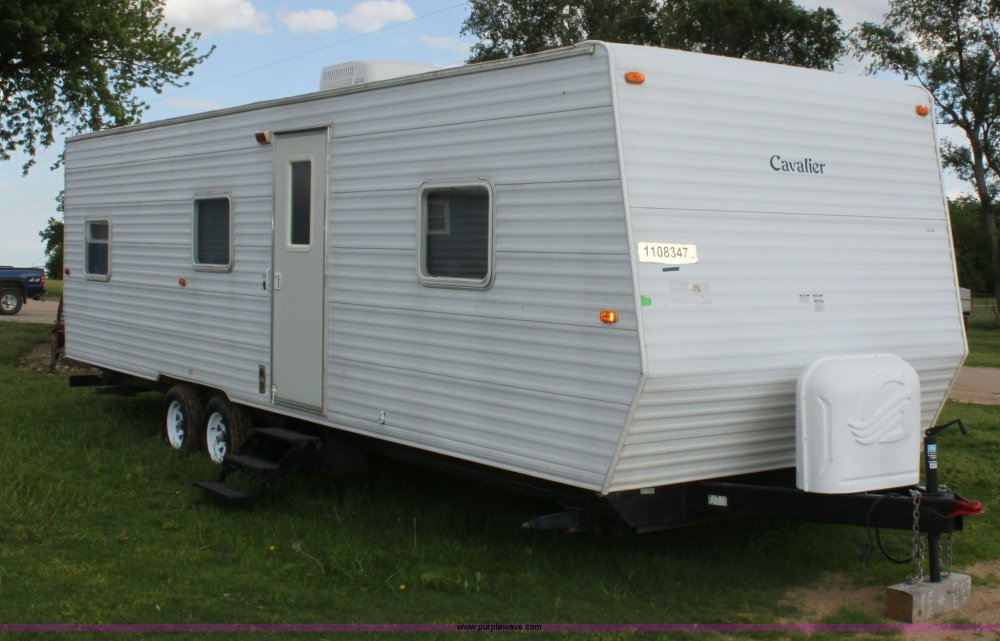 medium resolution of d7997 image for item d7997 2005 gulfstream cavalier camper