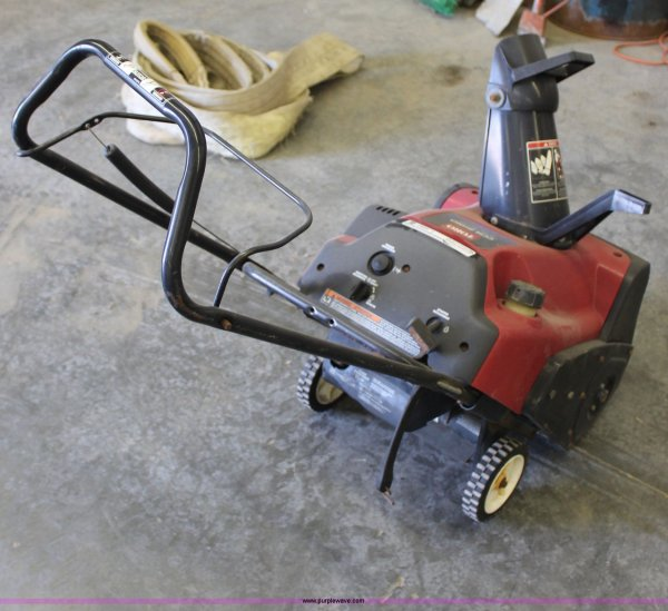 Toro Ccr 2450 Snow Blower Item L9983 Sold Thursday