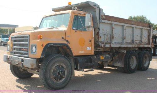 small resolution of 1989 international s1900 dump truck item c2715 sold tue 1989 international s1900