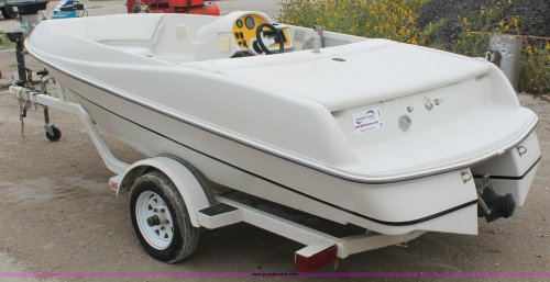 small resolution of  four winns fling jet boat full size in new window