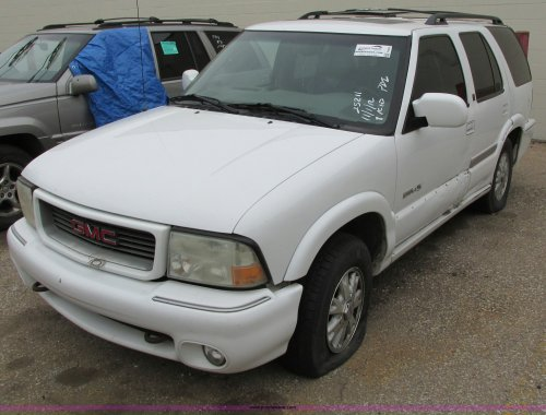 small resolution of f8592 image for item f8592 2000 gmc envoy suv