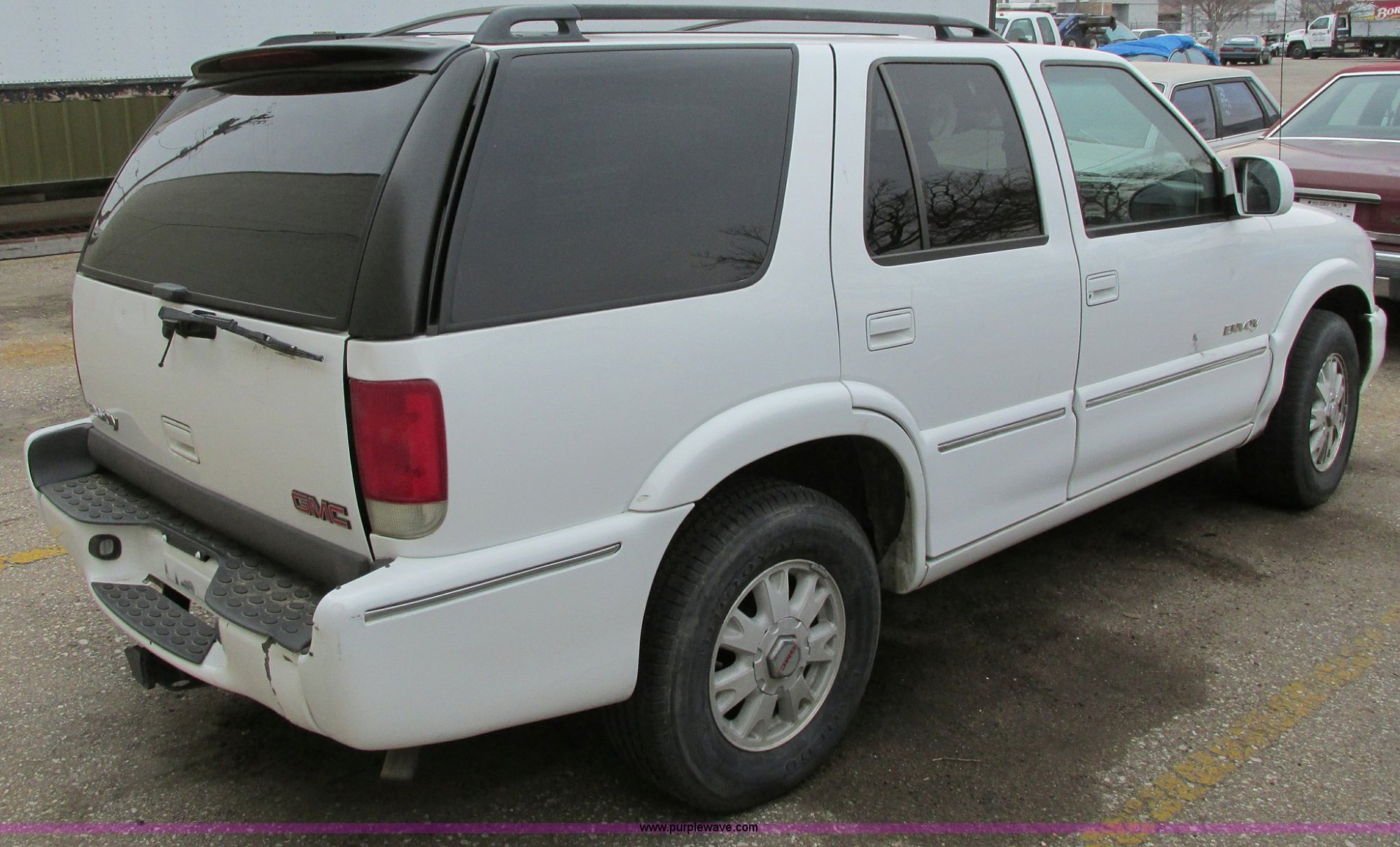 hight resolution of  2000 gmc envoy suv full size in new window