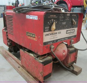 Lincoln Lincwelder 225 weldergenerator | Item AB9430 | SOLD