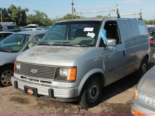 small resolution of d8317 image for item d8317 1992 chevrolet astro cargo van