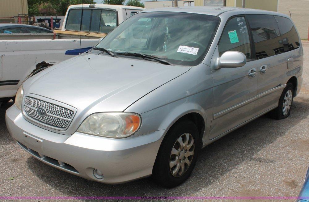 medium resolution of h3567 image for item h3567 2004 kia sedona minivan