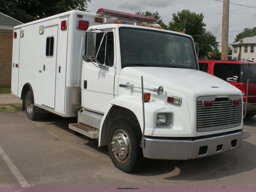 small resolution of h7456 image for item h7456 1996 freightliner fl60 emergency vehicle