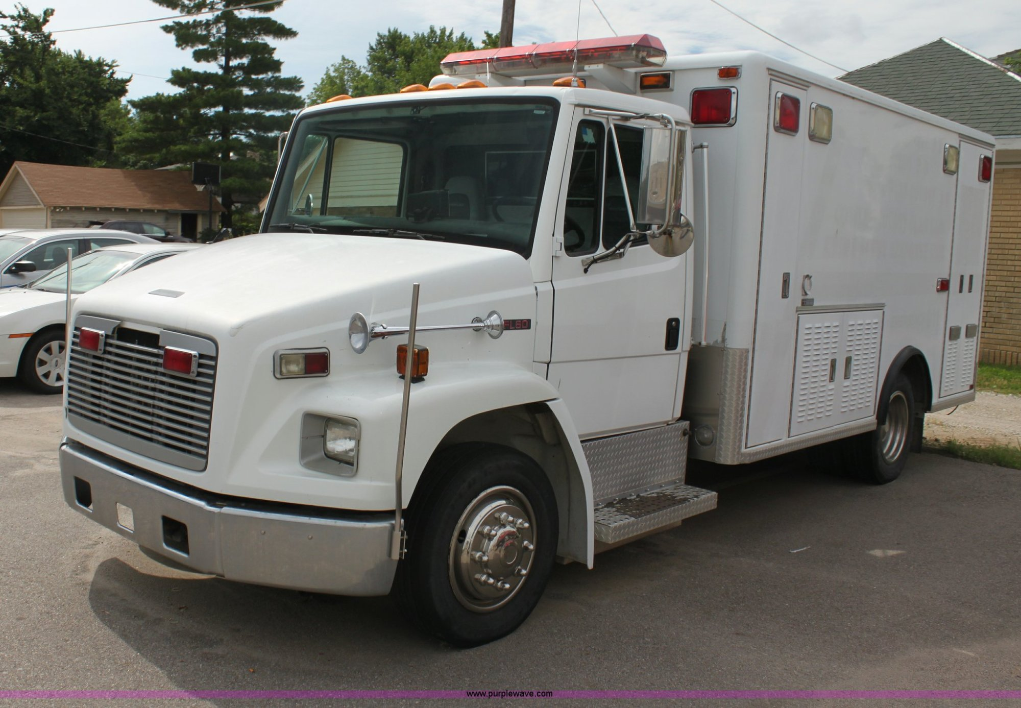 hight resolution of  freightliner fl60 emergency vehicle full size in new window