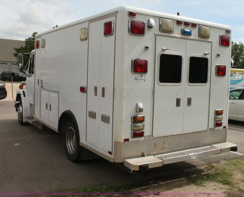 small resolution of  freightliner fl60 emergency vehicle full size in new window