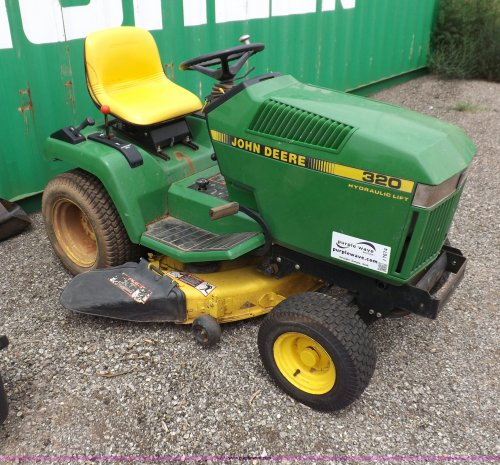 small resolution of i7674 image for item i7674 john deere 320 lawn mower