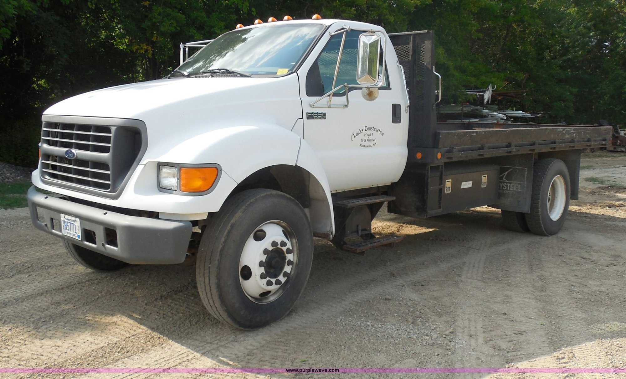 hight resolution of g8981 image for item g8981 2000 ford f650 super duty flatbed truck
