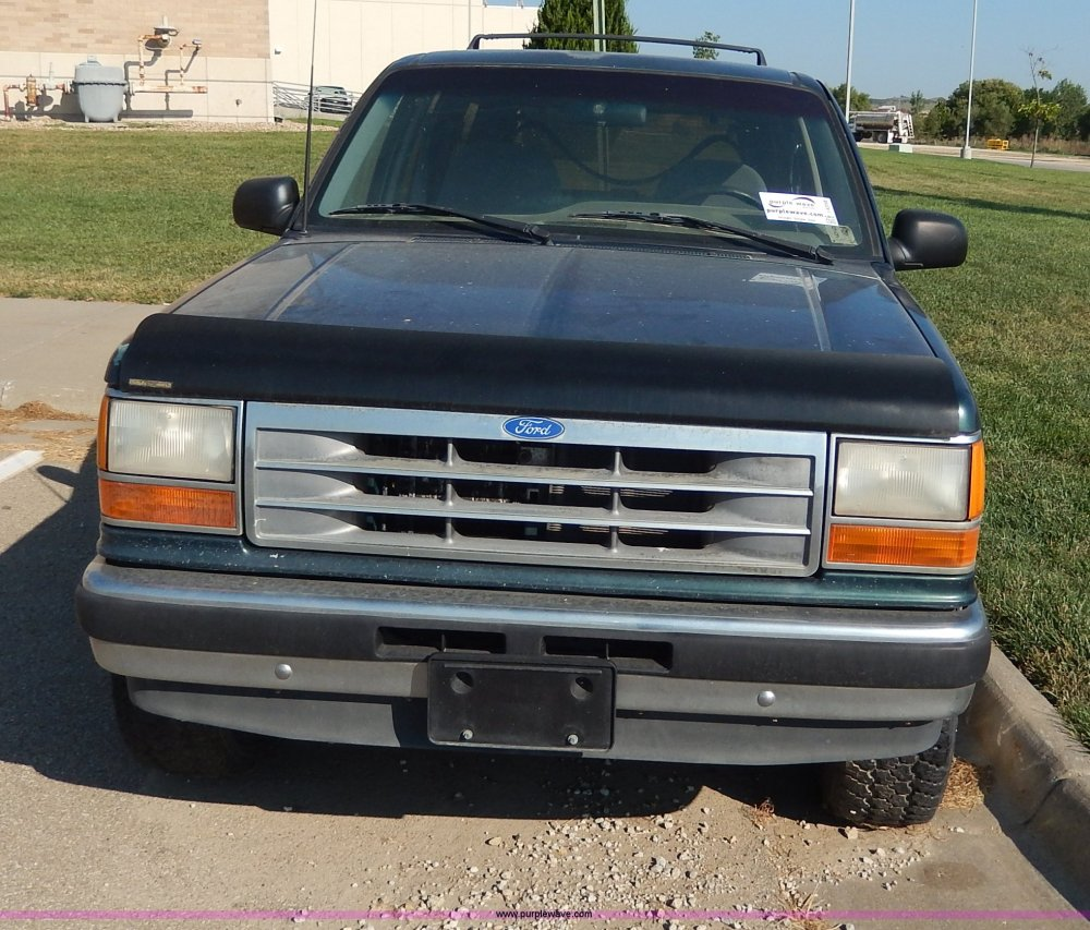 medium resolution of  1994 ford explorer xlt suv full size in new window