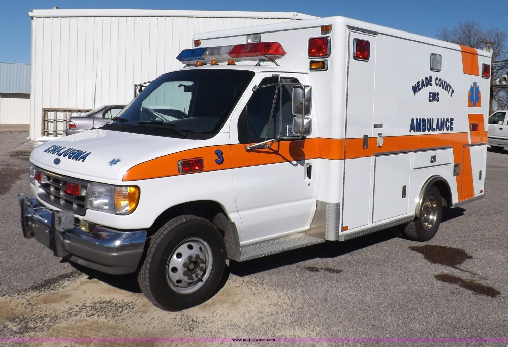 medium resolution of i9244 image for item i9244 1996 ford econoline e350 ambulance
