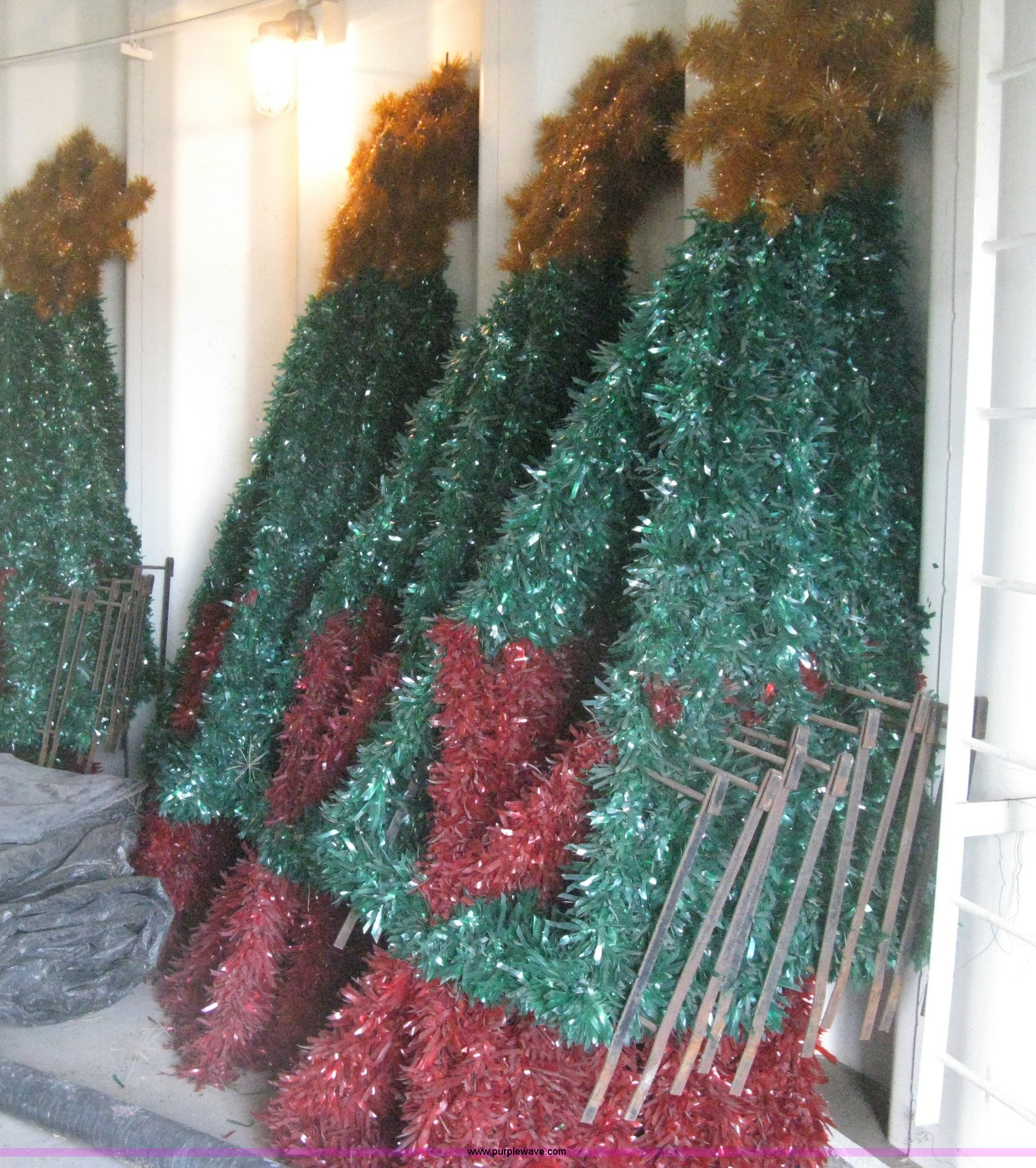 Municipal Christmas Decorations Auction