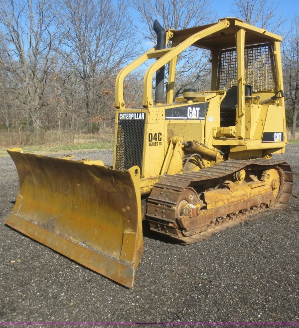 Cat D3c Lgp Series Iii Crawler Tractor Wood Auction - Year