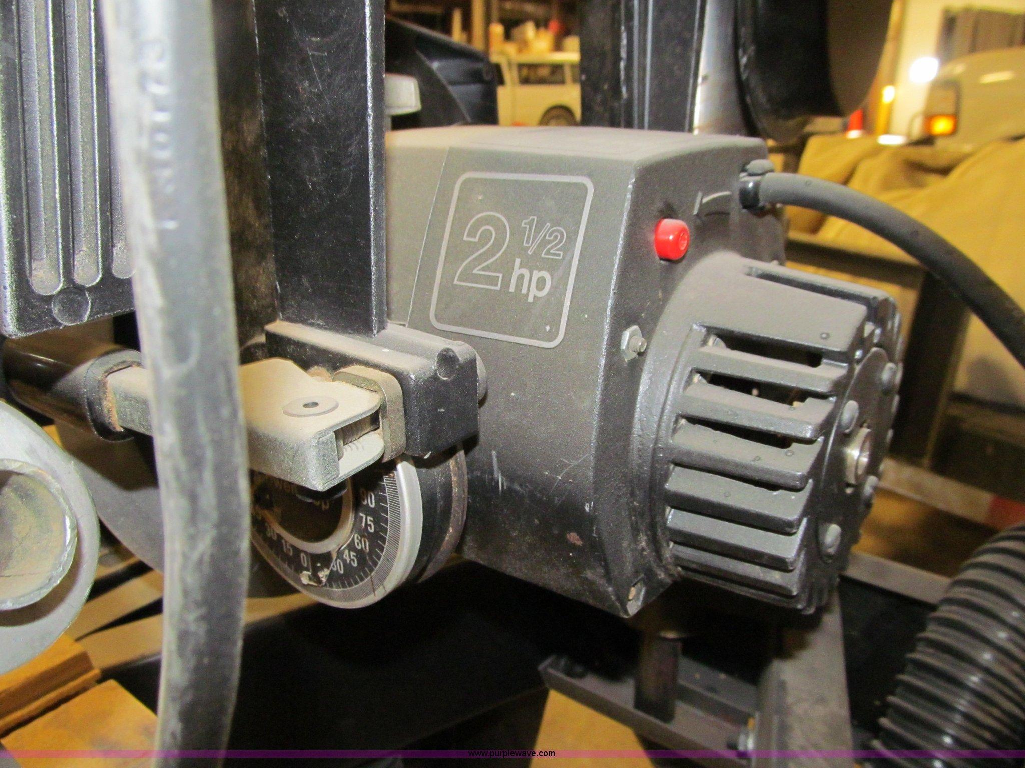Dewalt 7749 Radial Arm Saw