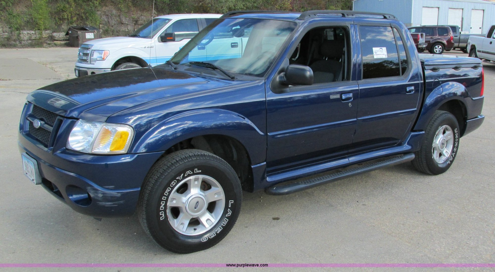 hight resolution of i4120 image for item i4120 2004 ford explorer sport trac xl pickup truck