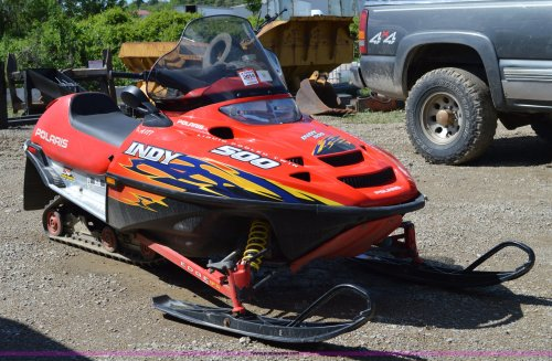 small resolution of i4530 image for item i4530 2003 polaris indy 500 snowmobile