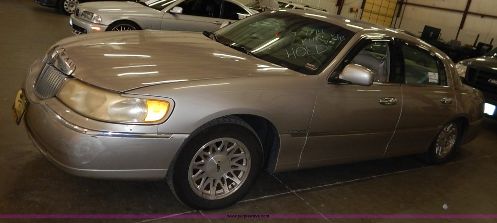 medium resolution of k7465 image for item k7465 1999 lincoln town car signature