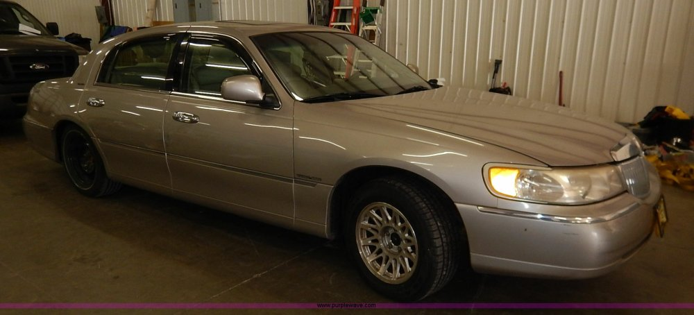 medium resolution of  1999 lincoln town car signature full size in new window