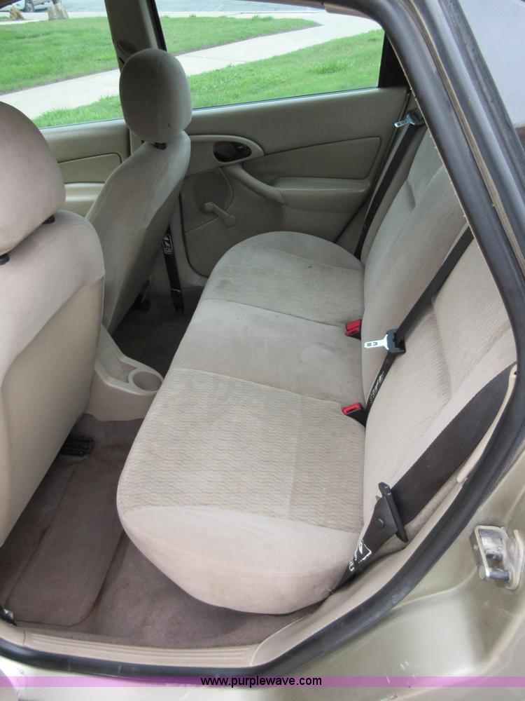 2000 Ford Focus Interior : focus, interior, Focus, Fredonia,, D2460, Purple