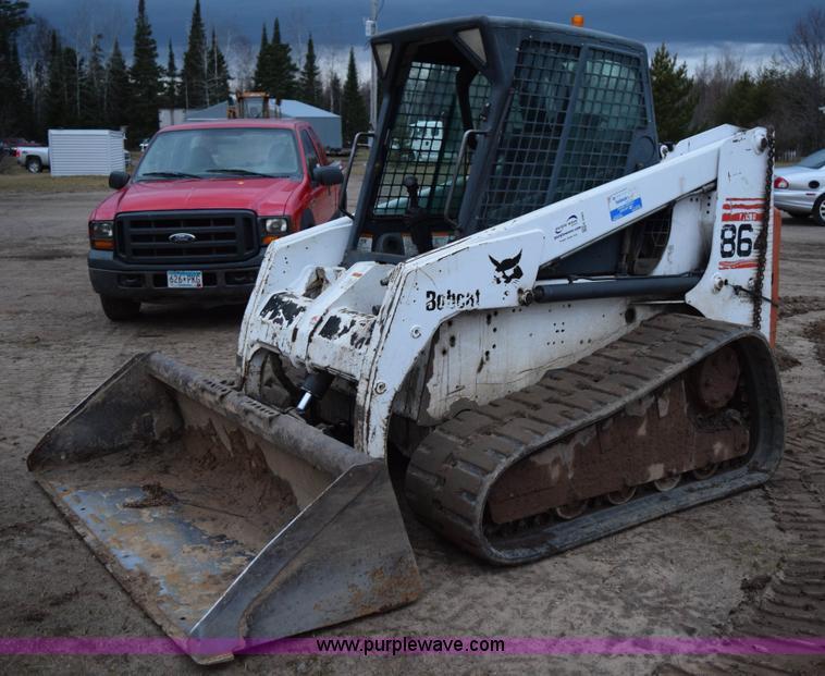 Bobcat 864 Skid Steer