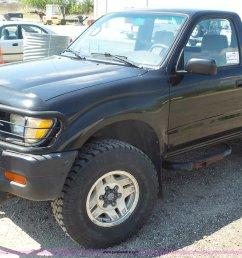 k4600 image for item k4600 1996 toyota tacoma pickup truck [ 2048 x 1246 Pixel ]