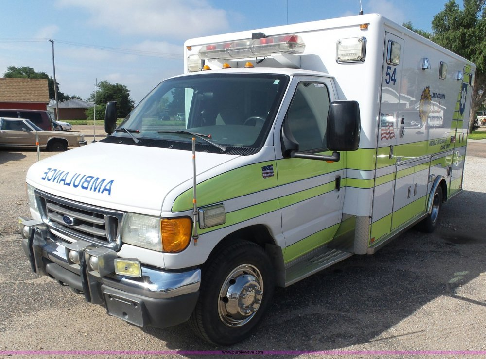 medium resolution of by9545 image for item by9545 2005 ford e450 ambulance