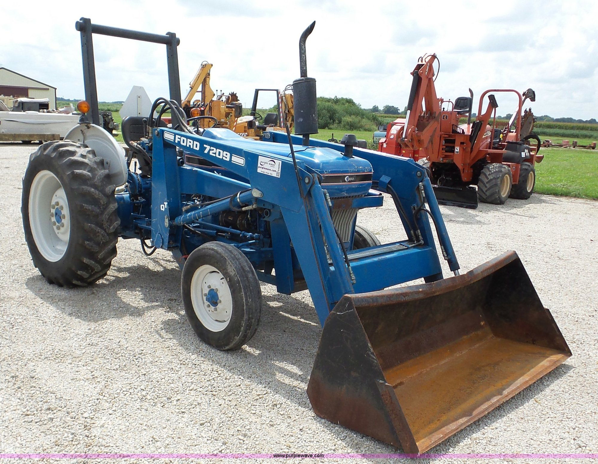 hight resolution of ford 2810 tractor item da8804 sold september 28 vehicle 2810 ford tractor parts diagram