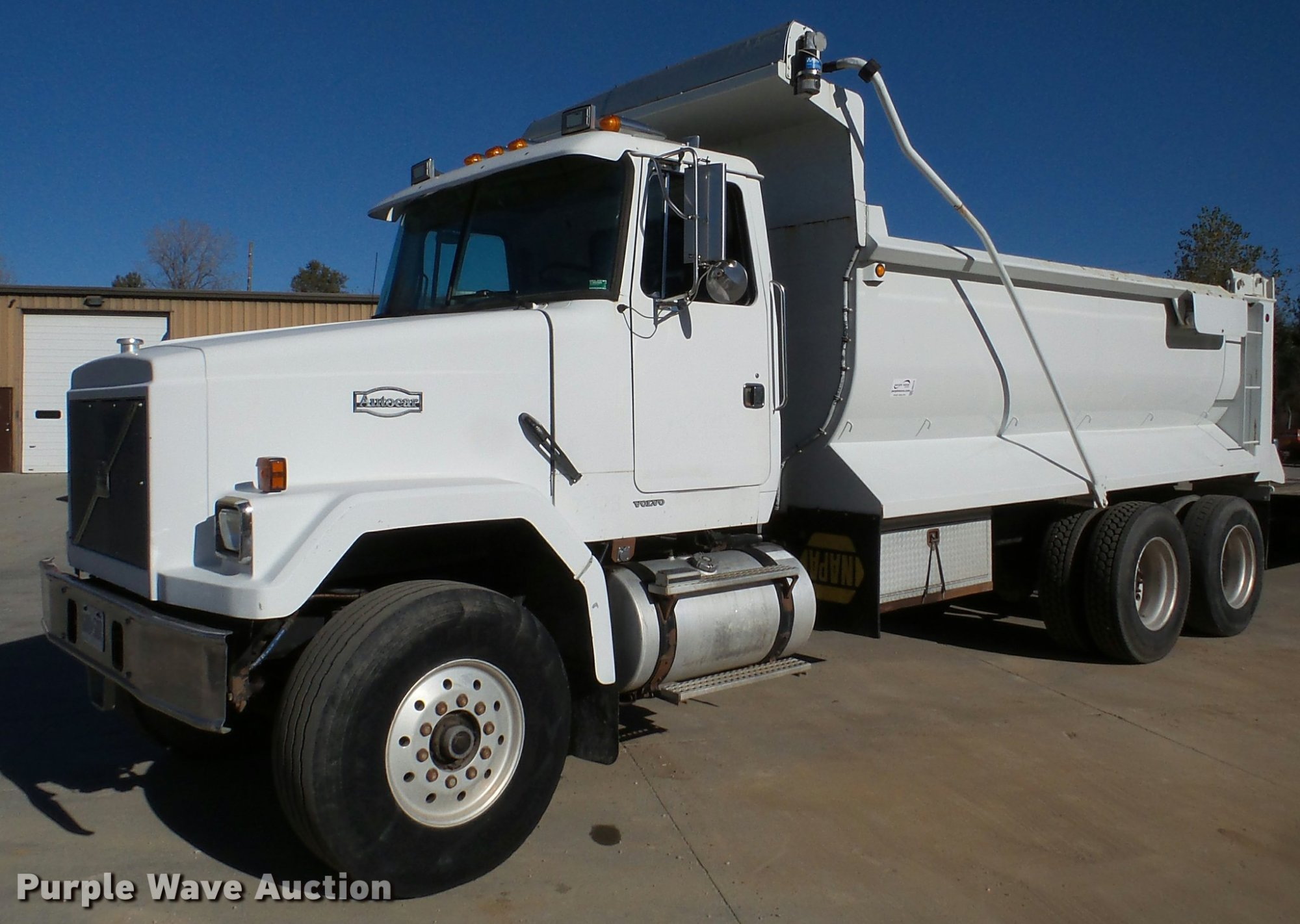 hight resolution of db5273 image for item db5273 1996 volvo acl dump truck