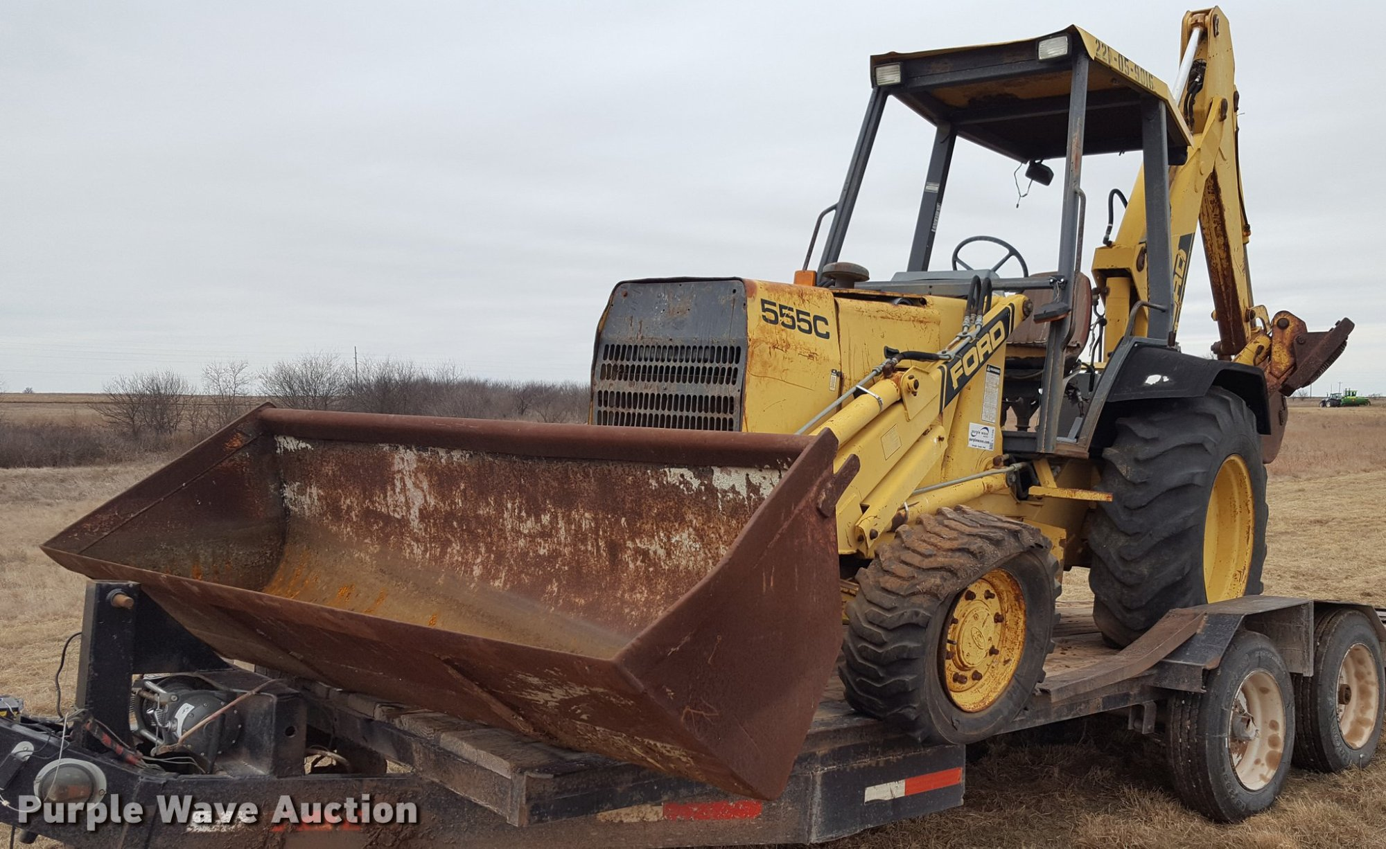 hight resolution of ford 555c backhoe item l1729 sold february 2 constructi ford 555 backhoe buckets l1729 image