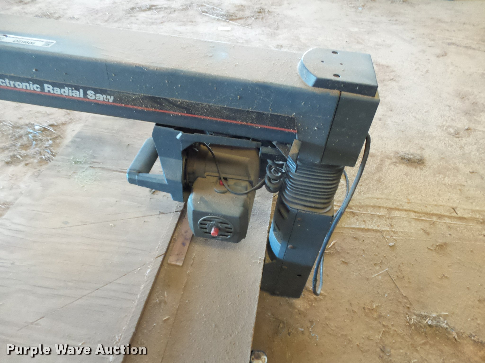 Electronic Radial Saw 275 Hp