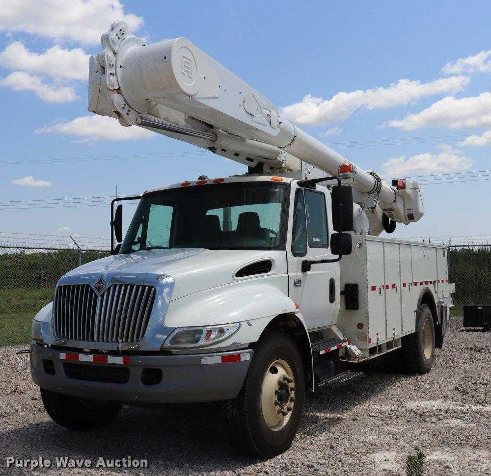 medium resolution of dk9558 image for item dk9558 2007 international durastar 4300 bucket truck