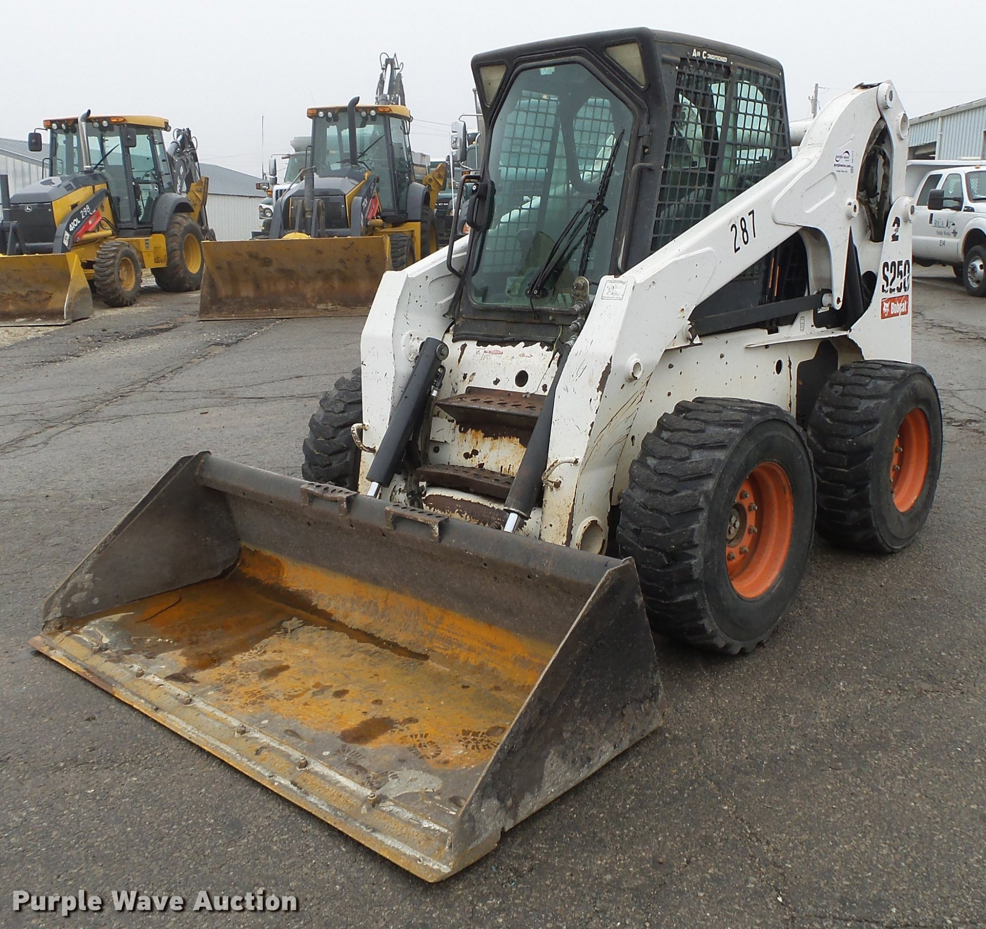 hight resolution of db7313 image for item db7313 bobcat s250 skid steer