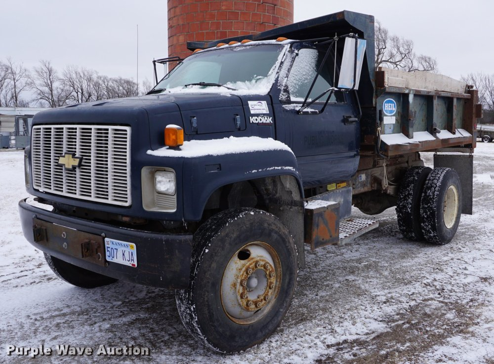 medium resolution of 1991 chevrolet kodiak dump truck item db0349 sold febru 1991 chevy c1500