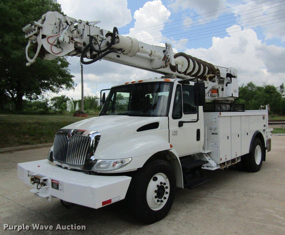 medium resolution of 2004 international 4300 digger derrick truck item dd8563 international 4300 fuel system 04 international 4300 power distribution wiring