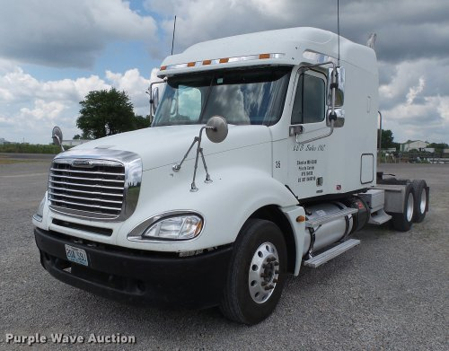 small resolution of db7105 image for item db7105 2005 freightliner columbia