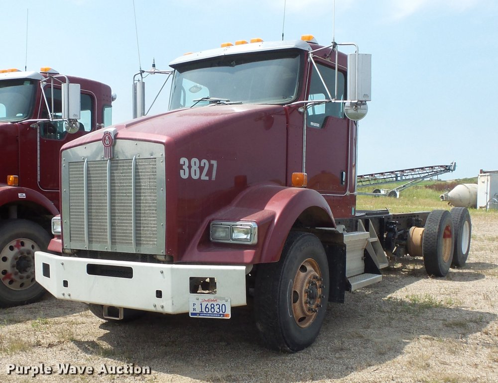 medium resolution of ev9196 image for item ev9196 2006 kenworth t800 truck cab and chassis