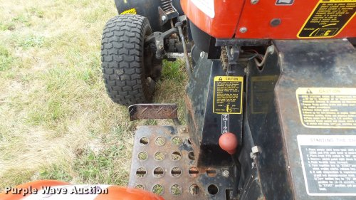 small resolution of  yanmar ym186d mfwd tractor full size in new window