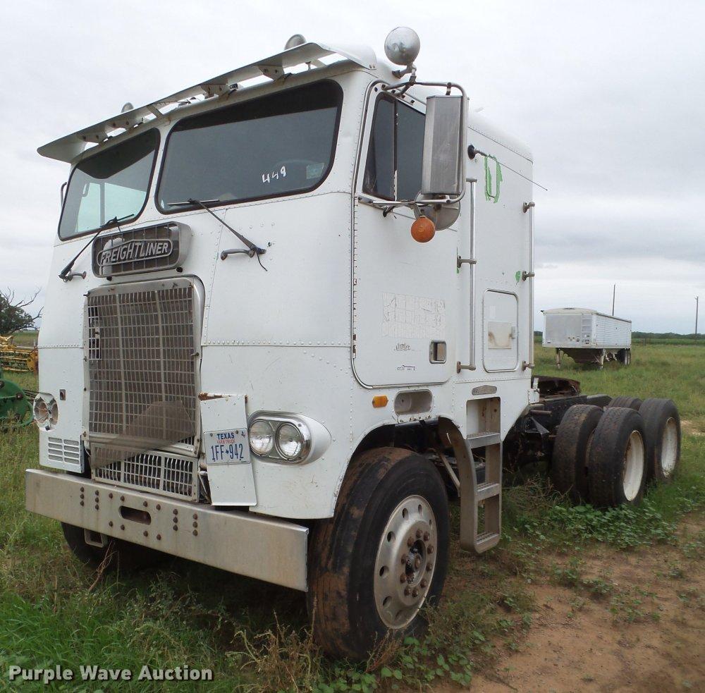 medium resolution of 1984 freightliner semi truck for sale in texas