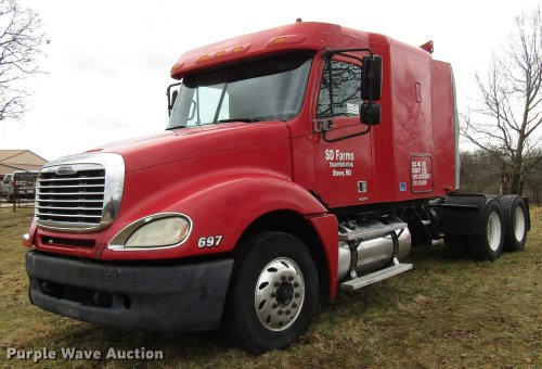 small resolution of dd4430 image for item dd4430 2005 freightliner columbia